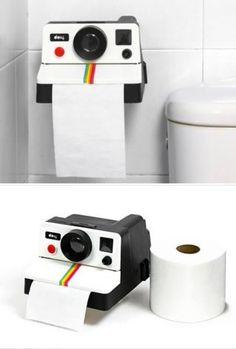 10 Seriously Awesome Pieces of Geeky Furniture - Oddee T POLAROLL, a unique toilet paper holder, looks just like those old cameras, and dispenses TP just as quickly. Objet Wtf, Unique Toilet Paper Holder, Geek Decor, Old Cameras, Deco Originale, Cool Inventions, Cool Items, Cool Gadgets, Decoration