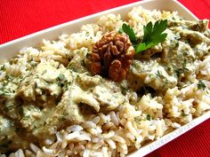 Pollo Garam masala con salsa de nueces y yogur #receta http://blgs.co/5nTBRT