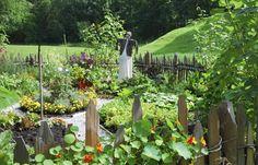 Im Garten können Sie den Gemüsegarten durch Zäune vom Rest abgrenzen