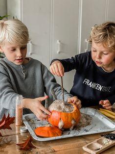 Sensory play rond Halloween gratis printables