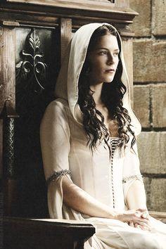 Bridget Regan as Kahlan Amnell in Legend of the Seeker (TV Series)