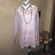 Ruff Hewn Misty Lilac ombré sweater. Large Firm: This is a gorgeous misty lilac sweater by Ruff Hewn Grey. The Ruff Hewn Woman loves high quality clothes that are functional and trend right. This can be dressed up for work with a blazer & heels or where with jeans for a comfy casual look. Thanks for visiting my closet let me know if you have any questions. Ruff Hewn Grey Sweaters Crew & Scoop Necks