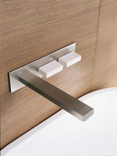 Wall mounted Bathroom faucet by Claudio La Viola for Falper _
