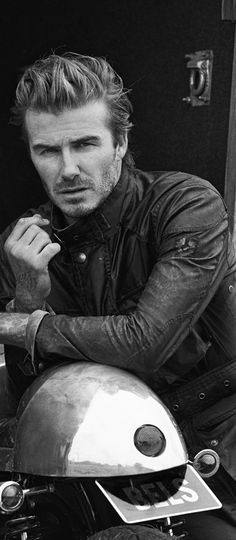 : David Beckham by Peter Lindbergh for Belstaff Spring/Summer 2014 Campaign Cristiano Ronaldo, Belstaff Style, Belstaff Fashion, Beautiful Men, Beautiful People, Gorgeous Guys, Amazing People, Pretty People, Bend It Like Beckham