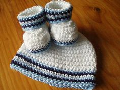 Ravelry: Baby Blue Booties and Hat pattern by Flossie Potts