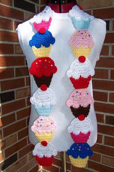 CROCHET Couture Cupcake Scarf PATTERN por FiercePixyBoutique