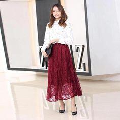 New Design Red Net Style Skirts High Waist Floral Pleated Mini Skirt Best Designer Sarees, Designer Kurtis, Bollywood Style Dress, Bollywood Fashion, Western Outfits, Western Wear, Pleated Mini Skirt, Midi Skirt, Black Salwar Kameez