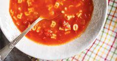 Soupe alphabet modifier la recette pour utiliser des tomates fraîches. Réduire en purée. Pourrait être amusante à faire pour les élèves. Parfumer selon les origines de nos invités : basilic-thym, siracha-coriande etc...