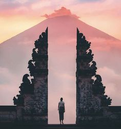 How to Get to Lempuyang Temple from Capella Ubud Worlds Of Fun, Around The Worlds, Water Temple, Holiday World, Build A Better World, Water Day, Go Wallpaper, Excursion, Bali Travel