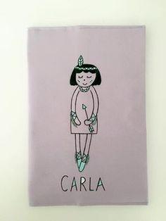 Bonita funda de cartilla con la India Marietis para Carla. Todos sus documentos bien organizados!!  #regalosnacimientos #bebes #mami #personalizado #pintadoamano #handmade