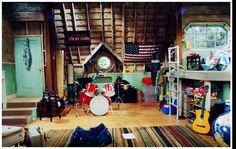 Google Image Result for http://www.interiordesignideasbedroom.com/wp-content/uploads/2012/04/Boys-bedroom-decoration.jpg