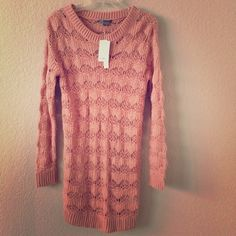 """🎉HP🎉 Vince long sweater! Such a beautiful, romantic long sweater!  Pair it with skinny jeans, leather pants or leggings, heels or boots.  Just gorgeous, and so soft and comfortable!  It's a L, but probably more on account of the length than anything else, as it isn't that wide.  It needs to be worn with something underneath and looks best with room, in my opinion.  Too long for my 5'4"""" 125lb frame! 😭  NWT!  Bag modeled (Betsey Johnson) also for sale, in another listing. 👍 Vince Sweaters"""