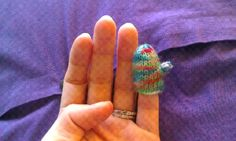 ChemKnits: Teeny Tiny Mittens (ornaments or tie on packages for gift decorations)
