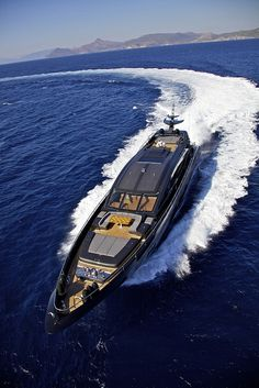 O'Pati luxury power monohull charter yacht