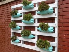 pallots vertical for flowers | upcycled pallet wall planter