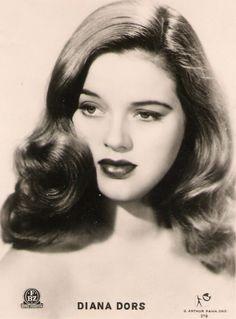 terriblegrammar:  simply-divoon:  A young Diana Dorsc. 1940's