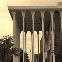 Northwestern National Life Building, designed by Minoru Yamasaki, architect of the World Trade Center, via Flickr.