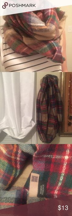 Fall Plaid Infinity Scarf Has some wear to it but is in great condition still and can be worn plenty more times! Super cute for fall and winter. It was my favorite scarf last winter and am sad to let it go. Accessories Scarves & Wraps