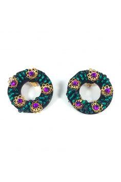 Aretes Aro bordado Alejandra Valdivieso joyas jewelry designer Washer Necklace, Jewelry Design, Earrings, Fashion, Colombian Women, Modern Women, Mint, Fashion Trends, Stud Earrings