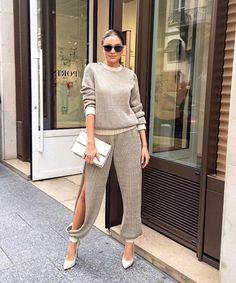 14 Things to Know About Our Style Crush Olivia Culpo New Fashion Trends, Trendy Fashion, Fashion Looks, Womens Fashion, Fashion Beauty, Fashion Inspiration, Olivia Culpo, Fashion Pants, Fashion Dresses