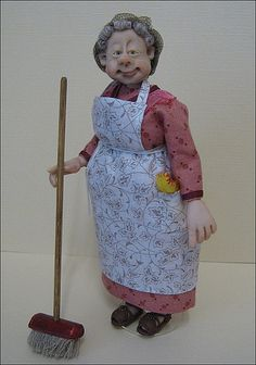 12th Scale Doll ~ Old Dear in Curlers & Hairnet