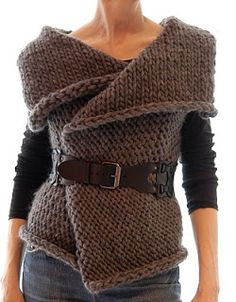 Love this! Would look great with a tee and jeans. Now to find a knitter to make it for me!  Knit 1 LA: Magnum Reversible Vest/Wrap
