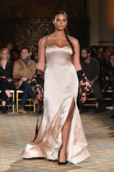 Christian Siriano has always made a point to design for different body types, and his Autumn/Winter 2017 NYFW show cemented his commitment to diversity on the runway. On Feb. 11, Siriano used 10 plus size models (including several women of color) in
