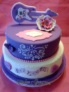 Violetta cake Teen Cakes, Girl Cakes, Crazy Cakes, Fancy Cakes, Violetta Cake, Violetta Music, Beautiful Cakes, Amazing Cakes, Baby Birthday Cakes