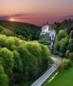 Sunset, Pieskowa Skała Castle, Poland
