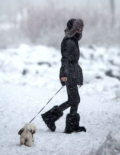 Olivia Palermo - Olivia Palermo Braves the Snow