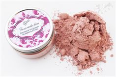 Face Mask with Rasperry Powder, Pink Clay Illit, Joghurt, Honey and for a good peeling effect - strawberry seeds