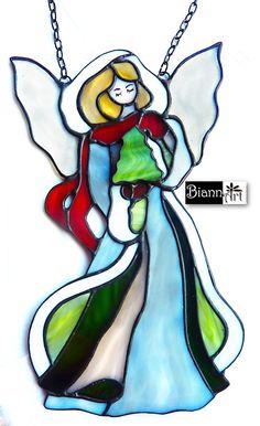 Angel - Zimowy Anioł http://biannart.blogspot.com/2016/12/anioly-ze-szkla-witrazowego.html #biannart #witraż #stainedglass #aniołek #angel