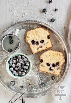 Lemon and blueberries Loaf Cake