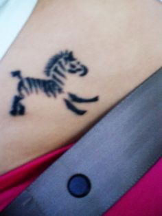 i'm totally getting a zebra done, this is so cute!
