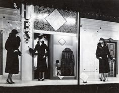 1920s - Dayton's Window, furs