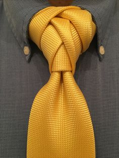 Sceldredge knot which is a combo of the scale and Eldredge knots