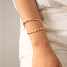 Shop Women's Gold size OS Bracelets at a discounted price at Poshmark. Gold Plated Bracelets, Gold Bangles, Cute Bracelets, Bangle Bracelets, Gold Fashion, Minimalist Jewelry, 18k Gold, Jewelery, Jewelry Accessories