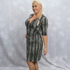 For sale size 9 10, 12, 14, L, XL, 36D shoe 7.5-8 Large/XL Black white grey dress with animal print. Black leather detail at waist with silver metal accent. Entire wardrobe of bling jeans, work dresses, gym, workout pants, shorts, workout drywick tops, drywick jackets, dress skirts, dress tops, heels and purses in every color, boots, sandals and quality sport bras, bras and white gold wedding/costume jewelry for sale. (702) 845-4100. For sale size 7 9 10, 12, M, L, XL, 14/XXL (maternity)…