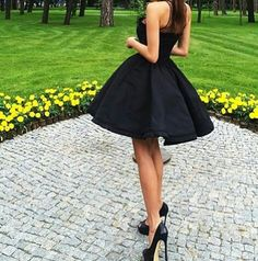 Find images and videos about girl, fashion and style on We Heart It - the app to get lost in what you love. Navy Blue Homecoming Dress, Homecoming Dresses, Sexy Dresses, Fashion Dresses, Skater Dresses, Fashion Show, Girl Fashion, Fashion Killa, 90s Fashion