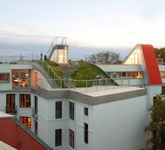 Penthouse Rooftop Playground by JDS Architects