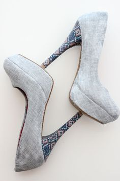 DIY fabric covered shoes: light grey fabric with blue patterned heels.