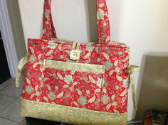 Made with beautiful Asian inspired fabric with gold highlights, this bag is simply stunning. Gold Highlights, Patchwork Bags, Vanuatu, Purses And Bags, Totes, Shoulder Bag, Handbags, Tote Bag, Makeup