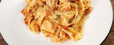 "MICHAEL SYMON Quick Mushroom ""Bolognese"" - Chew Recipes"