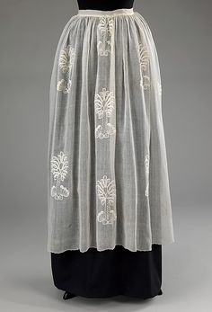 Date: 1760–70 Culture: British Medium: cotton Dimensions: Length at CB: 37 in. (94 cm) Credit Line: Brooklyn Museum Costume Collection at The Metropolitan Museum of Art,
