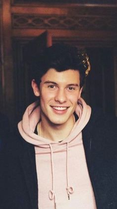 The only thing better than Shawn Mendes.oh wait, nothing is better than Shawn Mendes! Shawn Mendes Imagines, Shawn Mendes Lockscreen, Shawn Mendes Cute, Shawn Mendes Wallpaper, Shawn Mendes Tumblr, Shawn Mendes Magcon, Shawn Mendes Clothes, Shawn Mendes Smiling, Shawn Mendes Music