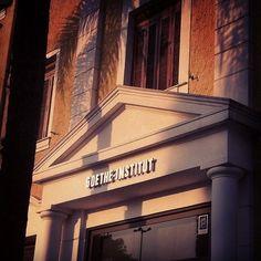 O Goethe-Institut São Paulo realiza diversos eventos culturais que apresentam o intercâmbio entre a cultura local com a alemã, além de disseminar a língua alemã através de aulas e certificados. Sazonalmente promovem eventos ligados ao ensino, à música, à literatura, ao esporte, ao teatro, à culinária, à arquitetura, ao cinema e ao meio ambiente.