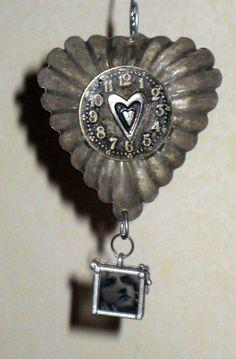 Vintage tart tin ornament.
