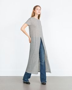 Image 1 of LONG T-SHIRT WITH FRONT VENT from Zara
