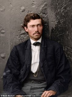 Fascinating Colorized Photos of Men Involved in Abraham Lincoln Assassination Emerge ~ vintage everyday Abraham Lincoln Images, Abraham Lincoln Family, American Revolutionary War, American Civil War, American History, British History, Colorized Historical Photos, Colorized History, Lincoln Assassination