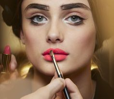 Chanel Cruise 2016 Makeup: Let's Talk Lips and Lashes